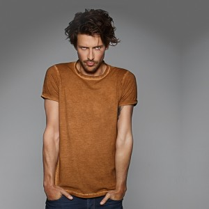 TEE-SHIRT HOMME À MANCHES COURTES. B&C DNM PLUG IN MEN 100 % COTON. LOT DE 5 ARTICLES